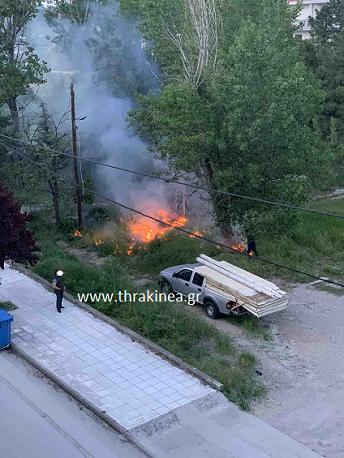 Πυρκαγιά στο πρώην στρατόπεδο Σταθάτου στην Ορεστιάδα
