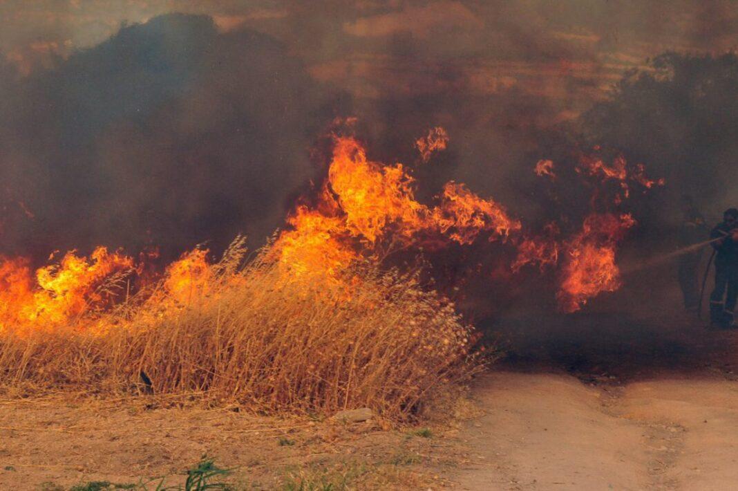Πυρκαγιά στα Αηδόνια Κορινθίας