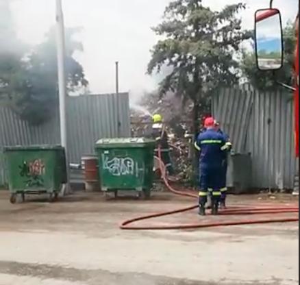 Θεσσαλονίκη: Φωτιά σε μάντρα με ανακυκλώσιμα υλικά