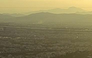 Πυρκαγιά εν ύπαιθρω στην εθνική οδό ρέυμα προς Πειραιά