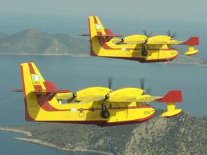 Στη βάση των Canadair: Εκεί που οι πιλότοι είναι πάντα έτοιμοι να αναμετρηθούν με τις φλόγες