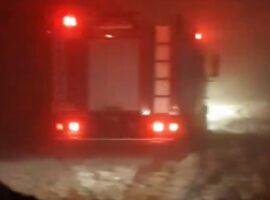 Χανιά: Πυροσβεστικό όχημα «κόλλησε» στο χαλάζι.(φωτο)