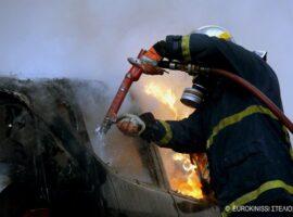 Πυρκαγιά σε Ε.Ι.Χ. στον Βύρωνα Αττικής.