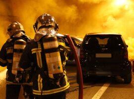 Πυρκαγιά σε όχημα συνέπεια τροχαίου στην Ηλιούπολη Αττικής