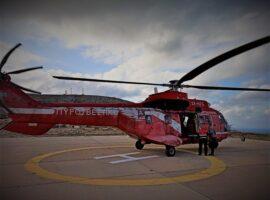 Πραγματοποιήθηκε με ελικόπτερο του Πυροσβεστικού Σώματος αεροδιακομιδή του ΕΚΑΒ, ενός άνδρα από την Πάτμο για την Αθήνα