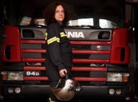 Όταν γνώρισα την πυροσβέστρια Ειρήνη Δερμιτζάκη κατάλαβα τι σημαίνει να δίνεις τη ζωή σου για τους άλλους