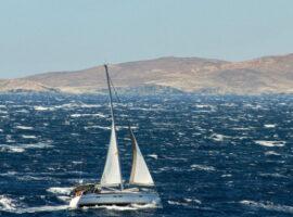 Μικρή βελτίωση του καιρού την Πέμπτη – Ισχυροί άνεμοι έως 8 μποφόρ