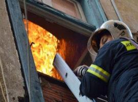 Αυτή είναι η πρώτη γυναίκα διοικήτρια στις Πυροσβεστικές Υπηρεσίας Κυκλάδων