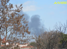 Πυρκαγιά σε λάστιχα θερμοκηπίου στην Κατερίνη