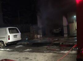 Πυρκαγιά ΤΩΡΑ σε ΙΧΕ όχημα στην Βουλιαγμένη Αττικής