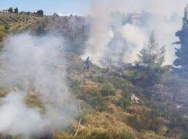 Από ελεγχόμενη καύση σε πυρκαγιά χορτολιβαδικη που παραλίγο να εξελιχθεί σε δασική
