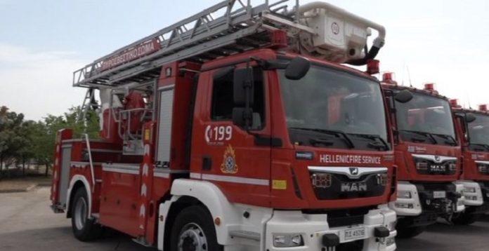 Το πυροσβεστικό σώμα ενισχύεται με 35 οχήματα απο την περιφέρεια Αττικής 696x358 1