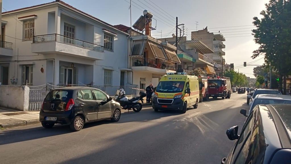 Τραγωδία στη Λάρισα: Νεκρός ηλικιωμένος από πυρκαγιά σε ισόγεια κατοικία