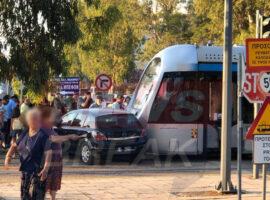 Τροχαίο ΤΩΡΑ με εγκλωβισμένο άτομο στην Αθήνα