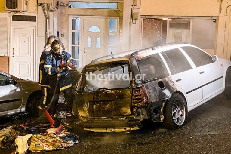 Θεσσαλονίκη: Πυρκαγιά σε σταθμευμένο όχημα στις Συκιές