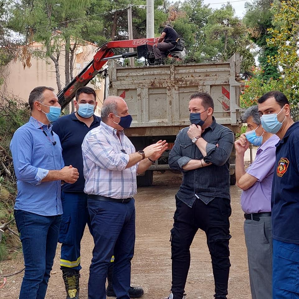 Ο Υφυπουργός Στέλιος Πέτσας στους Εθελοντές Αγίου Στεφάνου