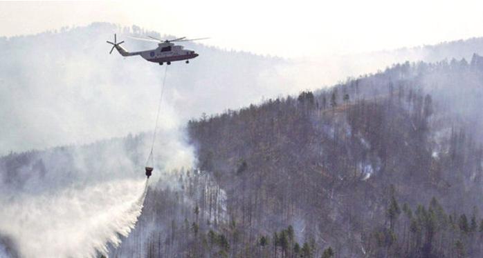 12 μεσαίου τύπου ρωσικών πυροσβεστικών ελικοπτέρων Μ8 για την αντιπυρική περίοδο