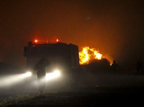 Πυρκαγιά κοντά στα λατομεία του Διονύσου