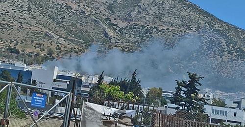 Πυρκαγιά εν υπαίθρω σύνορα Ηλιούπολης - Αργυρούπολης