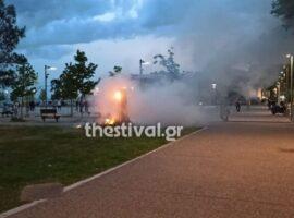 Πυρκαγιά χημική τουαλέτα στο κέντρο της Θεσσαλονίκης (φωτο & video)