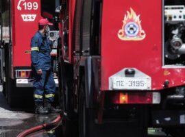 Πυρκαγιά σε αποθηκευτικό χώρο στην περιοχή Θέρμη στην Θεσσαλονίκη