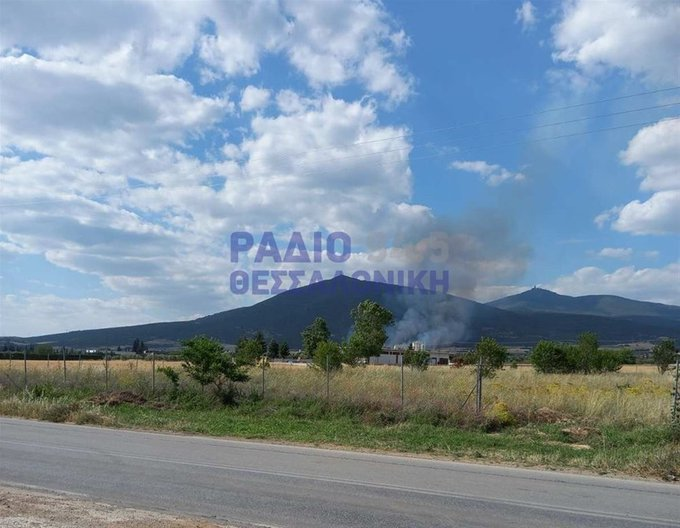 Μεγάλη πυρκαγιά ΤΩΡΑ στην περιοχή Λακκιά Θεσσαλονίκης