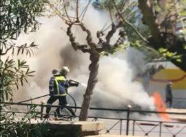 Πυρκαγιά ΤΩΡΑ σε Ι.Χ.Ε.οχημα στην Αθήνα
