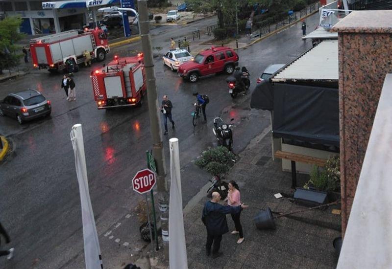 Αττική: Περισσότερες από 100 κλήσεις στην Πυροσβεστική μετά την ισχυρή καταιγίδα