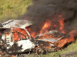 Πυρκαγιά σε Ι.Χ στο δρόμο από Αθίκια προς Χιλιομόδι Κορινθίας