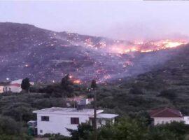 Μαίνεται η μεγάλη πυρκαγιά στην Ιεράπετρα Κρήτης