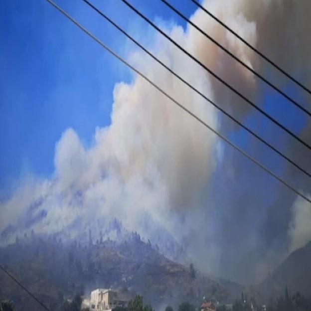 Κύπρος: Και ελληνικά καναντέρ επιχειρούν στη μεγάλη πυρκαγιά στη Λεμεσό