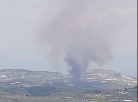 Δασική πυρκαγιά ΤΩΡΑ στο καλεντζι Κορινθίας.(φωτο από το συμβάν)