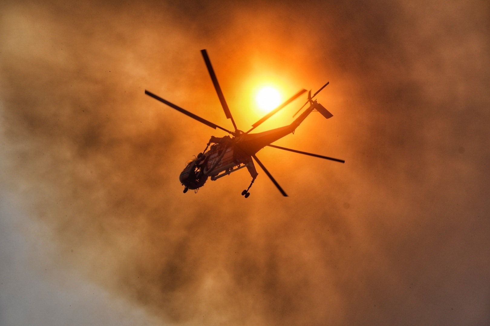 Πυρκαγιά στη Σάμο: Ζητούν να κηρυχθεί το νησί σε κατάσταση έκτακτης ανάγκης
