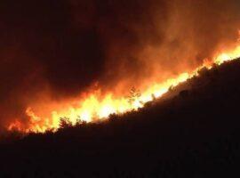 Σε εξέλιξη πυρκαγιά σε χορτολιβαδική έκταση  στα Αρμόλια Χίου