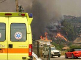 Πυρκαγιά στην Αχαΐα: Λιποθύμησε πυροσβέστης