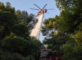 Πυρκαγιά σε χορτολιβαδική έκταση στην Βόνη Ηρακλείου
