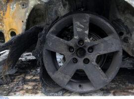 Πυρκαγιά ΤΩΡΑ σε πάρκινγκ αυτοκινήτων στην Αθήνα