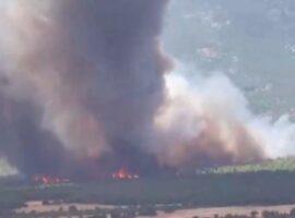 Πυρκαγιά στη Βαρυμπόμπη: Δραματική η κατάσταση – Μήνυμα από το 112 – Χωρίς ρεύμα περιοχές της Αττικής