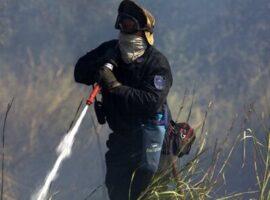 Ανδραβίδα: Συναγερμός για πυρκαγιά στην είσοδο του αεροδρομίου της 117 ΠΜ