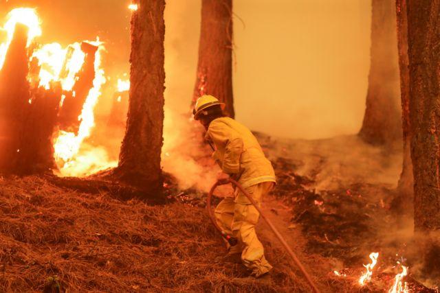 Ισπανία: Σε εμπρησμό οφείλεται η δασική πυρκαγιά στην Γκαλίθια – Μαίνεται εκτός ελέγχου
