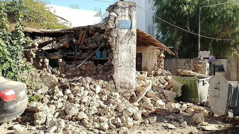 Σεισμός στην Κρήτη – Δύο εγκλωβισμένοι μετά τα 5,8 Ρίχτερ