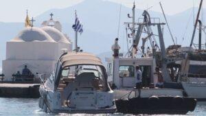 Ολοκληρώθηκε μεταφορά ατόμου χωρίς τις αισθήσεις του από σκάφος στην Αίγινα