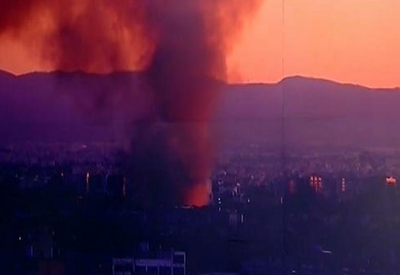 Μεγαλη κινητοποίηση της Πυροσβεστικής γιά πυρκαγιά στην Αθήνα
