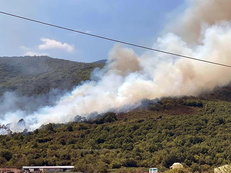 Βάρδα: Ξανά πυρκαγιά στο Συρμπάνι