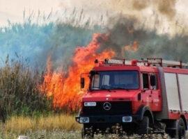 Πυρκαγιά εν υπαίθρω στα Σπάτα Αττικής