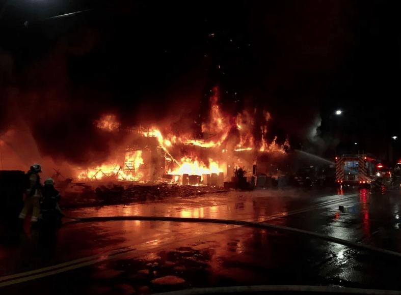 Τραγωδία στην Ταϊβάν: Πυρκαγιά σε κτίριο με τουλάχιστον 46 νεκρούς