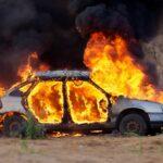 Πυρκαγιά σε Ι.Χ όχημα σε μάντρα στη Λαρίσης